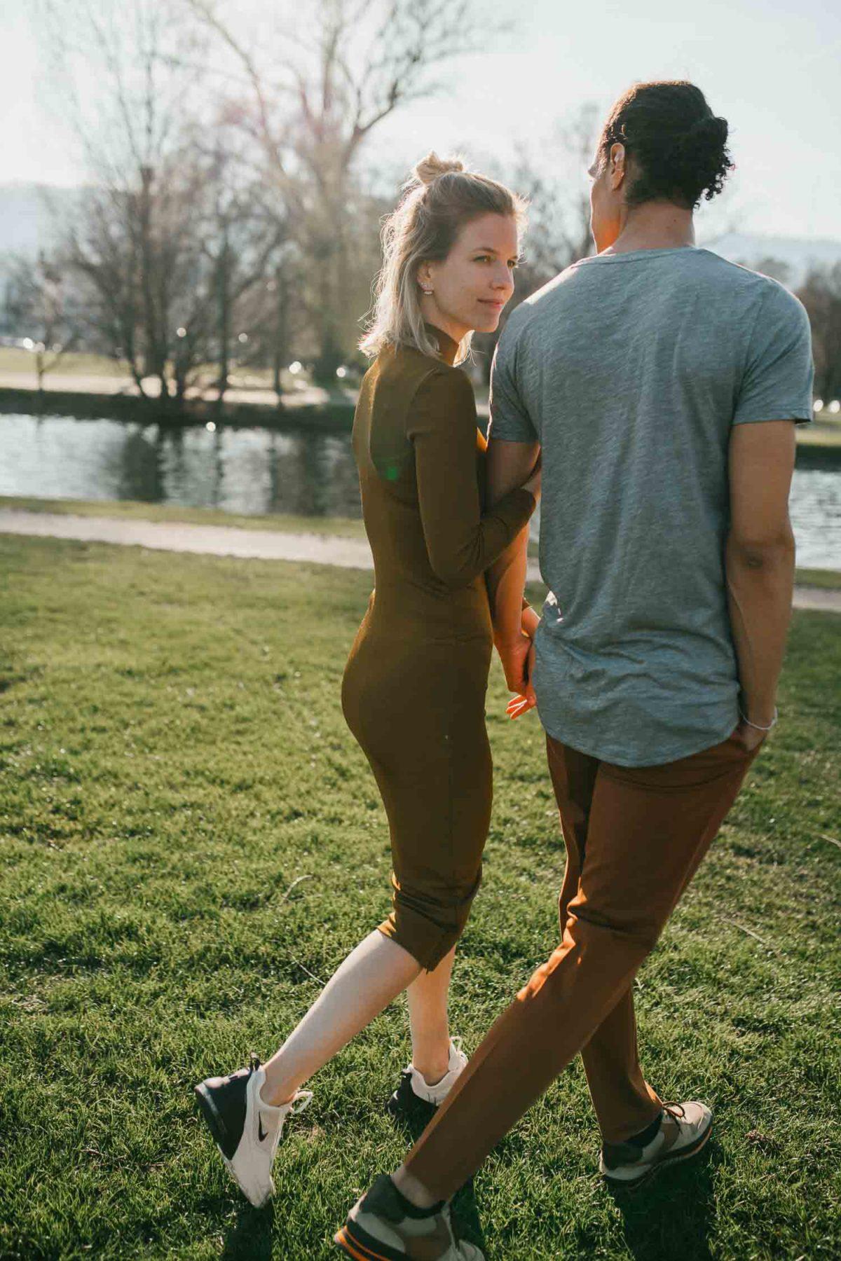 Outdoor Paarshooting mit Hochzeitsfotografin Stefanie Chareonbood