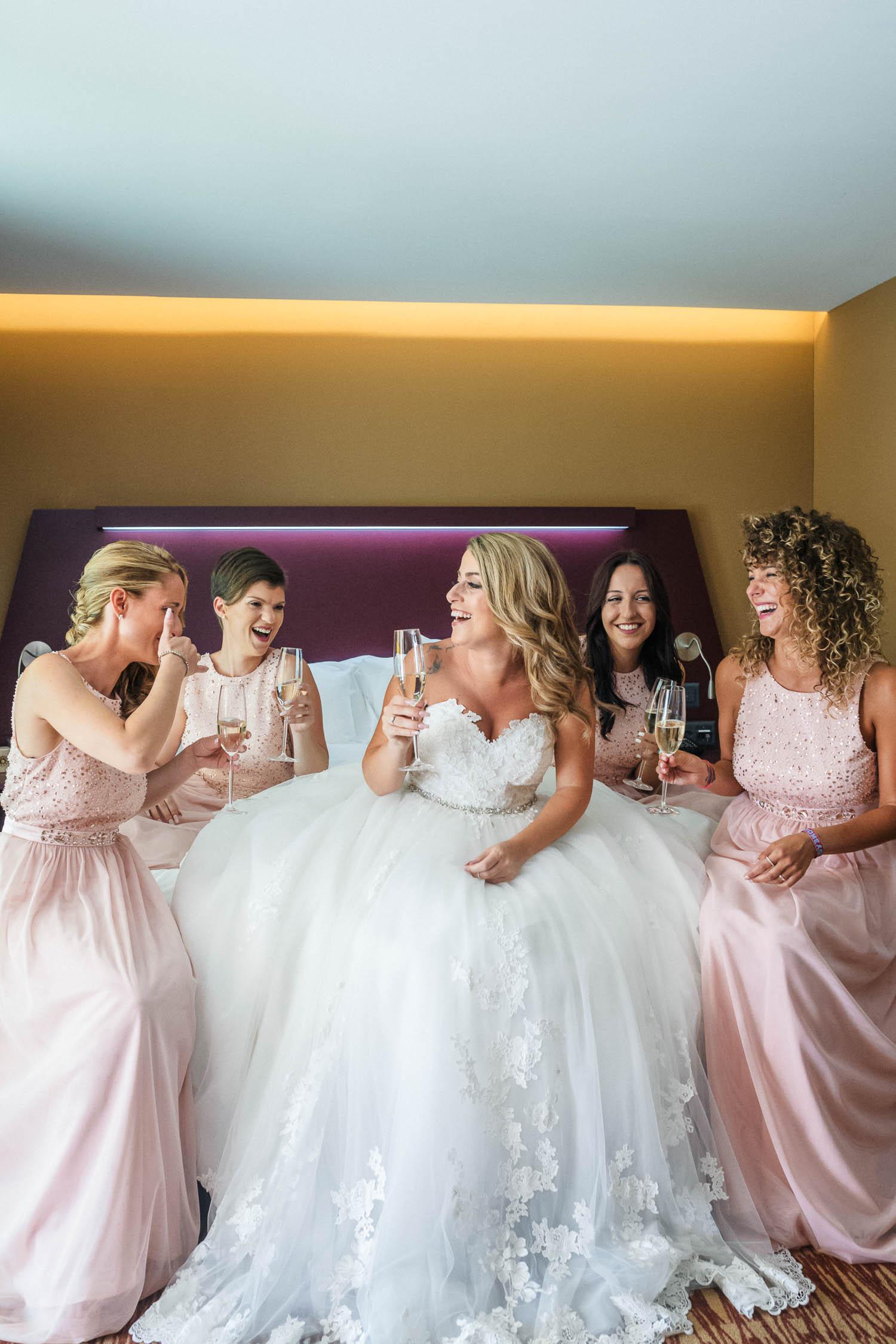 Getting Ready mit den Bridesmaids
