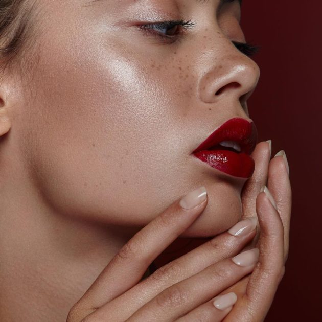 Beauty Shooting by Stefanie Chareonbood